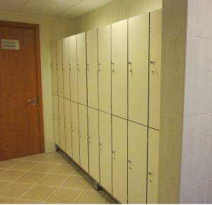 LOCKERS 4 - TWO TIER WITH S.S. BASE