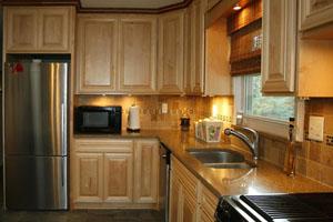 wood-kitchen-cabinets-doors